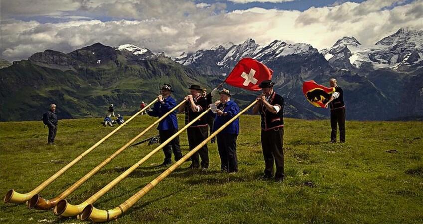 suonatori di corno svizzera